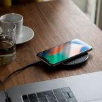 Solo Wireless Charger Black Carbon