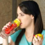 Asobu-Flavor-It-Glass-Water-Bottle-With-Fruit-Infuser12345