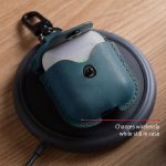 TWELVE-SOUTH-Airpods-AirSnap-Case-Teal123