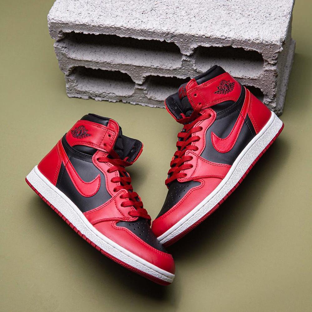 Air Jordan 1 Retro High '85 'Varsity Red'