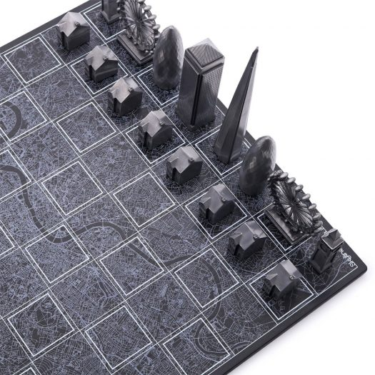 Skyline Chess Set – Premium Metal London Edition