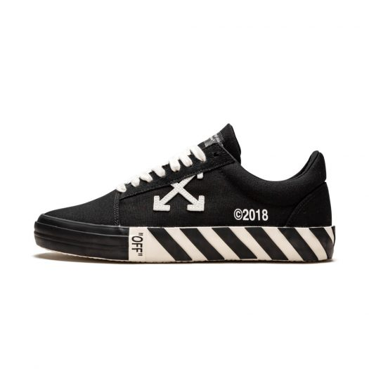 OFF-WHITE Vulc Low Black (Updated Stripes)
