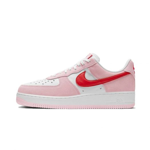 Nike Air Force 1 07 QS Love Letter