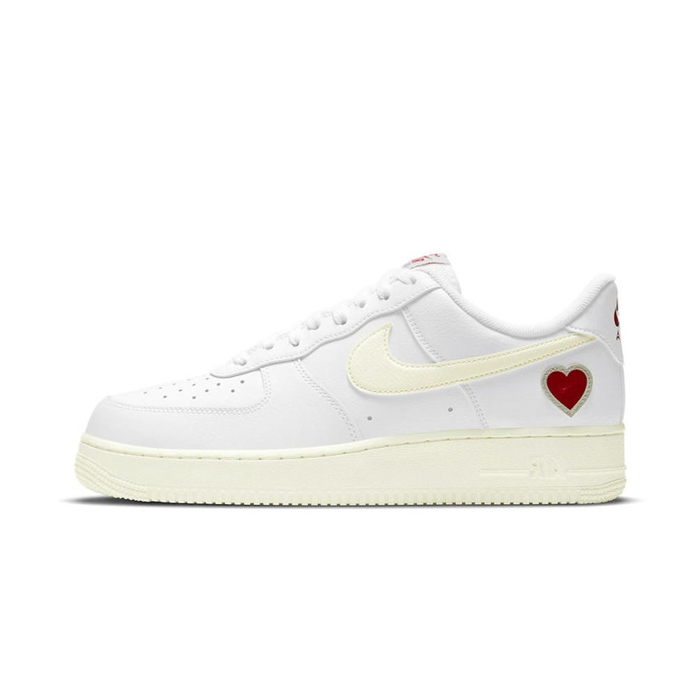 nike air force one low valentine's day