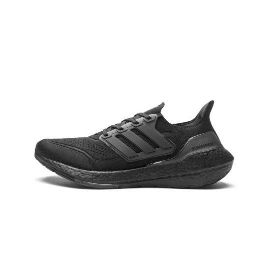 adidas Ultra Boost 2021 Triple Black