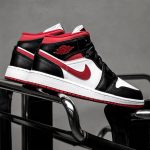 Jordan 1 Mid Black Gym Red (GS)