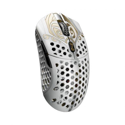 Finalmouse Starlight-12 Wireless Mouse Medium Zeus