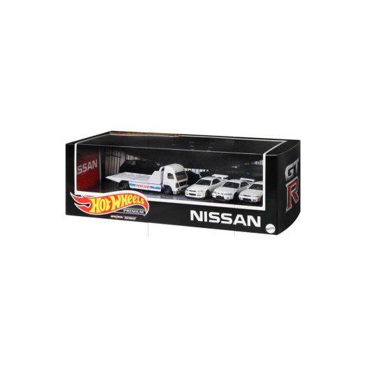 Hot Wheels Premium Nissan Skyline GT-R Garage Box Set